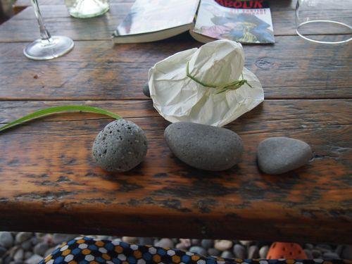 TinyH rocks